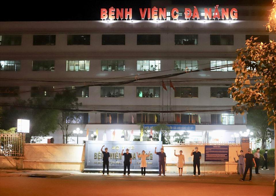 Bệnh viện C Đà Nẵng lúc 0h ngày 8/8 khi chính thức dỡ phong tỏa-4