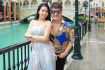 Trót cao hứng chê chị em mặc đồ bộ rẻ tiền ra đường, vợ ca sĩ Dương Ngọc Thái lên tiếng