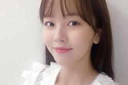 'Em gái mưa' Kim So Hyun rạng rỡ kỷ niệm 12 năm ra mắt