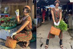 Mặc đồ của mẹ ra chợ, 'thánh chửi' Mèo Thoại làm bà hàng rau đến người bán thịt phải ngước nhìn