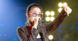 King Of Rap tập 2: Rapper nữ 17 tuổi 'nổ tung' sân khấu, 4 Mentor gật đầu cái 'rầm'