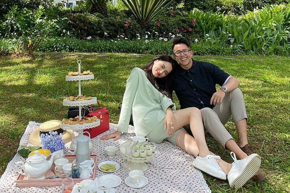 Khoảnh khắc tình tứ của Hương Giang và CEO người Singapore-7