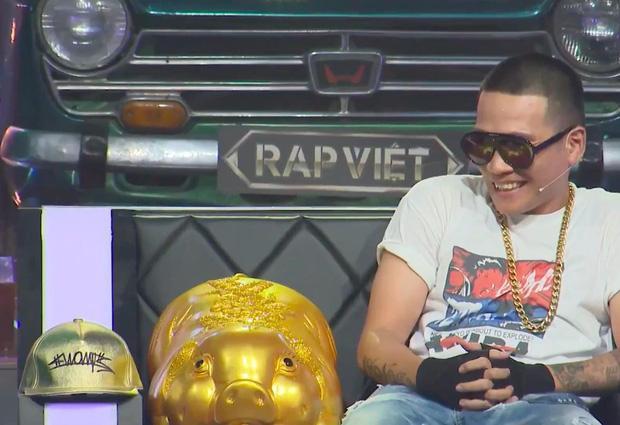 Lão đại Wowy gây tranh cãi tại Rap Việt khi khuyên thí sinh nên chọn Đại học thay vì Rap-2