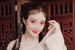 Lý Tiểu Lộ bị chê giống 'dâm phụ' Phan Kim Liên trong tạo hình cổ trang