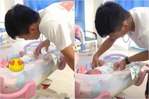 Nhan sắc bà xã Phan Văn Đức sau 3 ngày sinh em bé gây chú ý-1