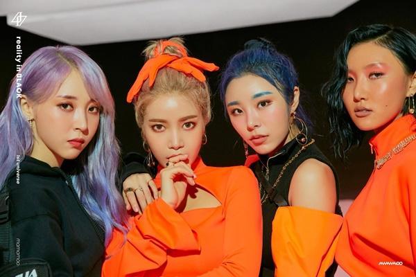 NUEST, MAMAMOO và những Idols K-Pop chưa từng bị ăn luật cấm hẹn hò-2