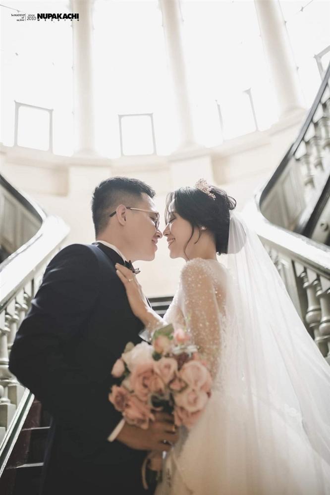 Đeo khẩu trang chụp ảnh cưới vì COVID-19, đôi uyên ương Sài thành vẫn đẹp nao lòng-5
