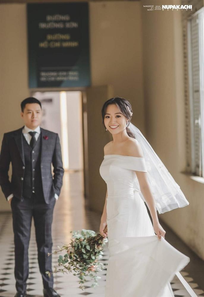Đeo khẩu trang chụp ảnh cưới vì COVID-19, đôi uyên ương Sài thành vẫn đẹp nao lòng-7