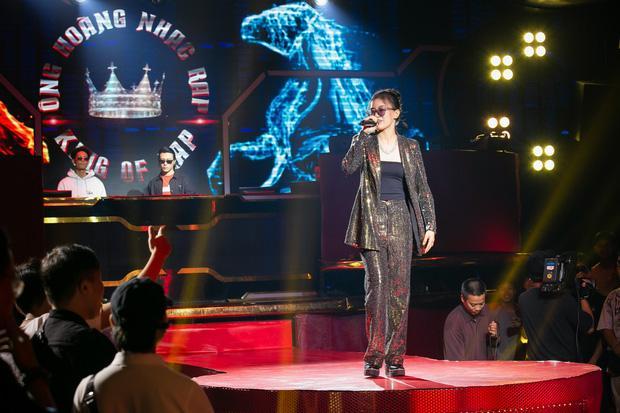 Rapper Pháo thế hệ 10x tại King of Rap ăn mặc chất lừ dù thuộc hội màn hình phẳng-1