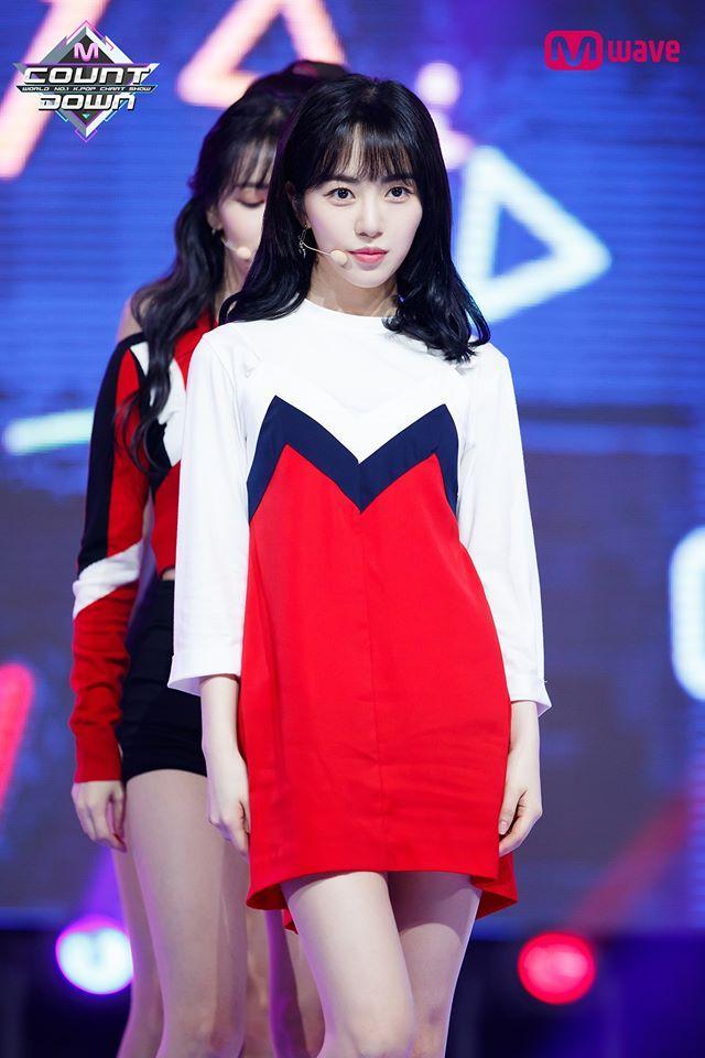 Mina AOA bị đối xử bất công: Quần áo luôn xấu nhất, lên sân khấu đầu tóc bù xù-6