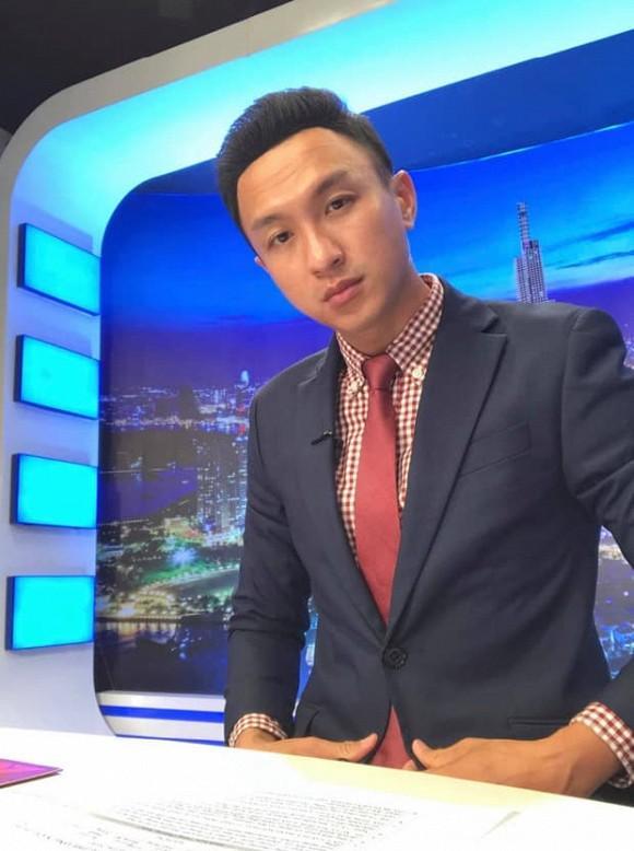 Vừa bị ném đá vì cà khịa Hương Giang, MC VTV bị đào lại status gọi Gil Lê là thằng-3