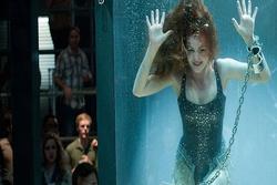 Nỗi sợ khi diễn viên quay cảnh phim dưới nước