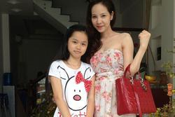 Lộ ảnh Huỳnh Anh (bạn gái Quang Hải) thủa nhỏ: Xinh xắn, mộc mạc, so sánh với hiện tại rõ ràng 'dậy thì thành công'