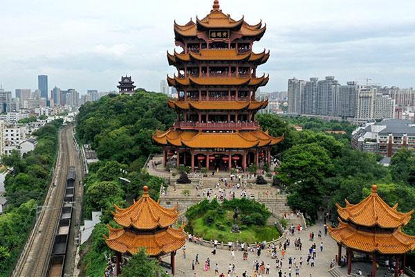Khách du lịch đổ về Vũ Hán vì miễn phí-1