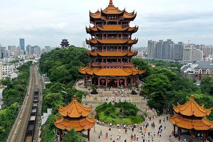 Khách du lịch đổ về Vũ Hán vì miễn phí