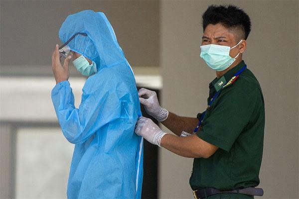 Thêm một ca nghi nhiễm Covid-19, Hà Nội phát thông báo khẩn trong đêm-1
