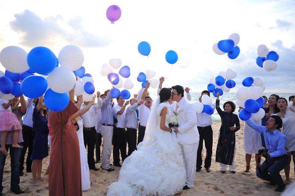 Lấy chồng 10 năm nhưng hoa hậu Hương Giang chưa một lần xem ảnh cưới hỏi-3