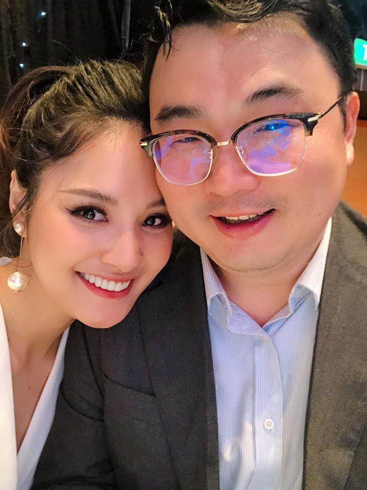 Lấy chồng 10 năm nhưng hoa hậu Hương Giang chưa một lần xem ảnh cưới hỏi-5