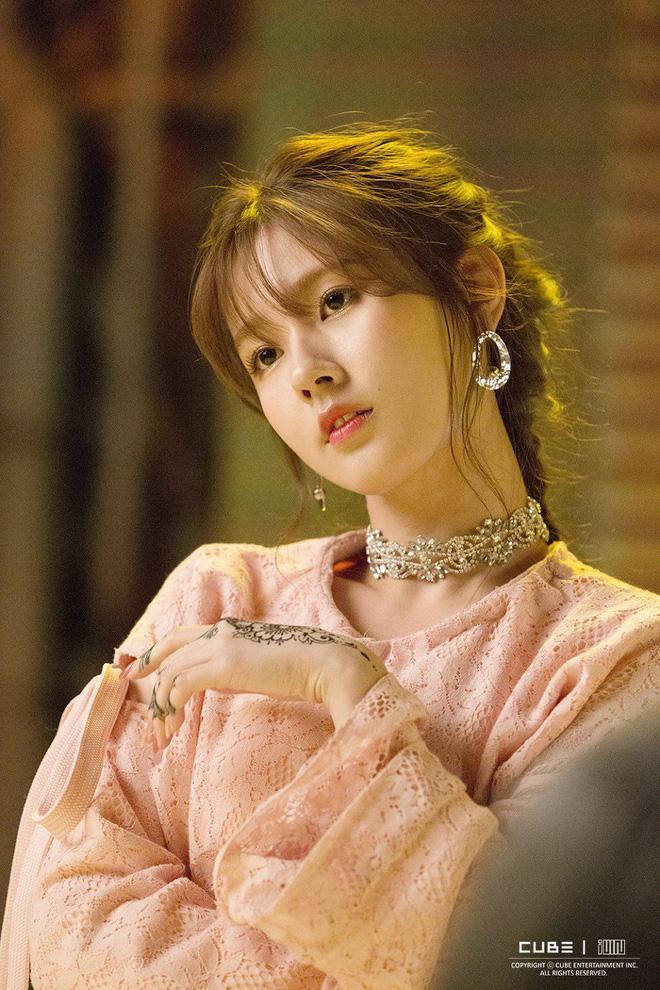 TWICE Jihyo và những nữ thần tượng 10 năm đằng đẵng chỉ là thực tập sinh-6