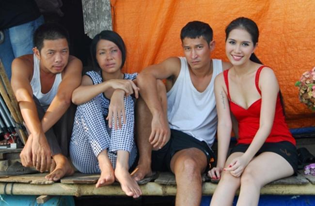 Cảnh nóng phim Việt: Diễn cảnh yêu trước mặt chồng, được đạo diễn thị phạm nhiệt tình-9
