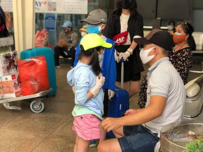 Du khách Đà Nẵng về nhà sau những ngày mắc kẹt: Hết dịch, tôi sẽ quay lại-4