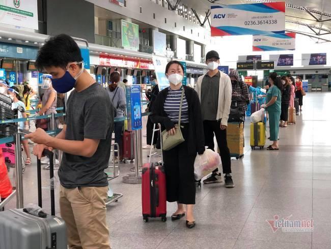 Du khách Đà Nẵng về nhà sau những ngày mắc kẹt: Hết dịch, tôi sẽ quay lại-8