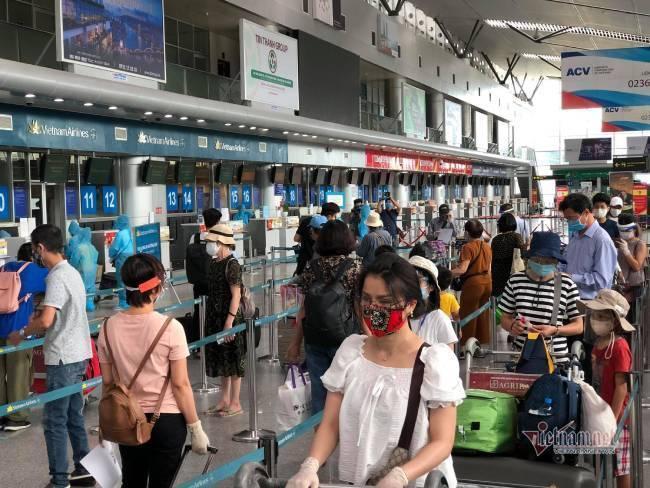 Du khách Đà Nẵng về nhà sau những ngày mắc kẹt: Hết dịch, tôi sẽ quay lại-11