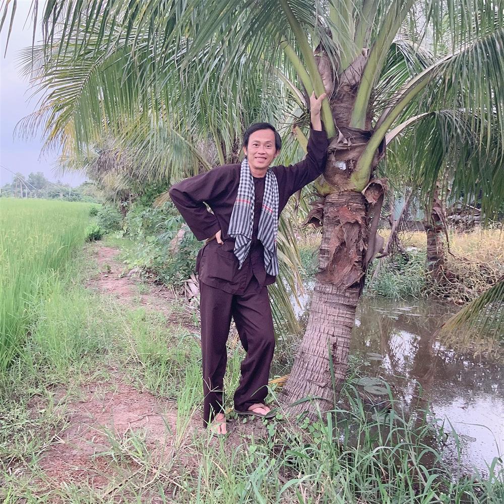 Đệ nhất danh hài Hoài Linh chứng minh bản thân là nông dân chính hiệu-2