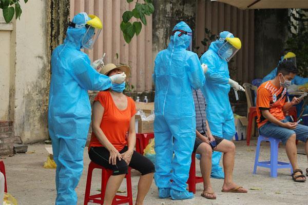 Thêm 14 bệnh nhân mắc Covid-19, trong đó 1 ca ở Hà Nội không rõ nguồn lây-1