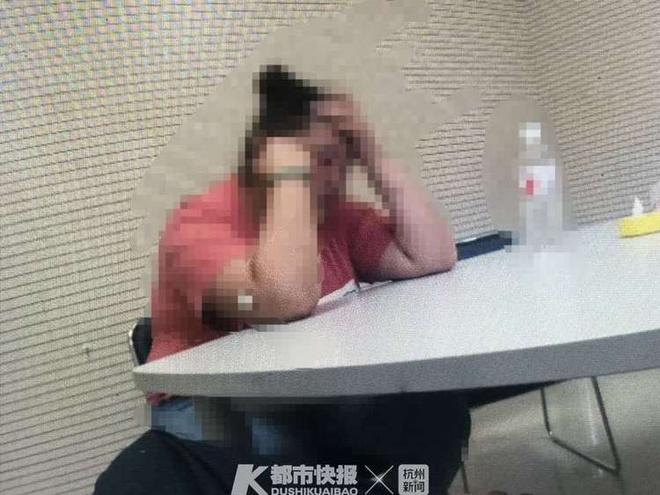 Bị bạn gái quen qua mạng lừa gửi tiền, tặng đồ hiệu suốt 1 năm ở Trung Quốc-2