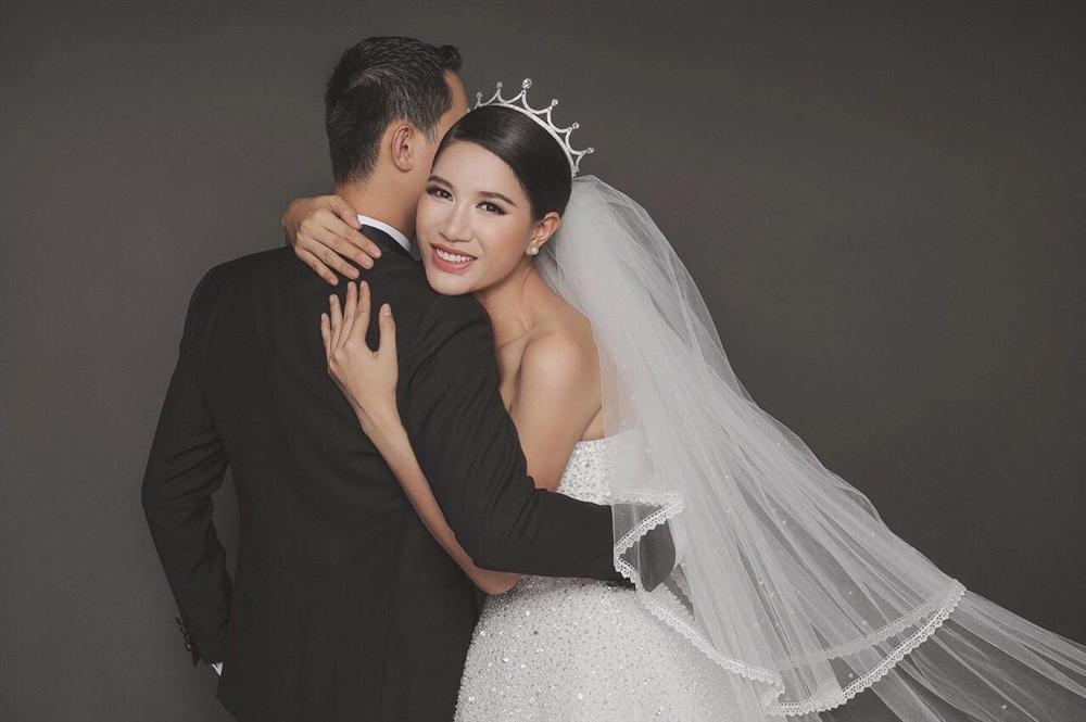 Bị chê không xứng với chồng Việt kiều, Trang Trần gạch 14 đầu dòng chát chúa đáp trả-2