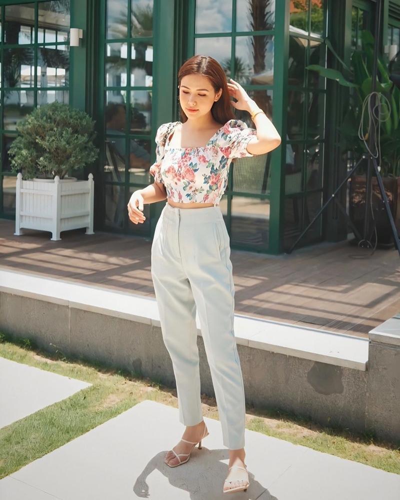 Ngọc Trinh - Mai Phương Thúy khoe outfit xẻ đùi sexy chiếm spotlight đường phố-12