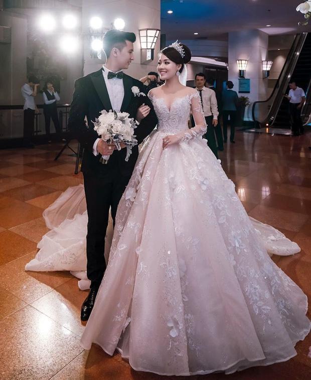 Trước khi bị phụ bạc, Âu Hà My từng hóa công chúa trong đám cưới với 3 bộ váy đính kim cương giá 1 tỉ đồng-5