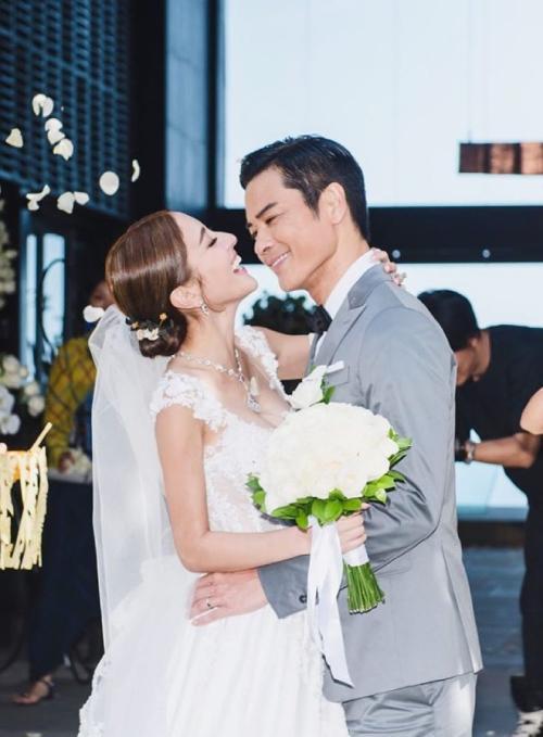 Hoa hậu hạnh phúc sau hai năm lấy Trịnh Gia Dĩnh-1