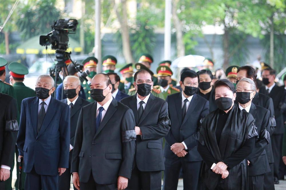 Thủ tướng, Chủ tịch QH viếng nguyên Tổng Bí thư Lê Khả Phiêu-2