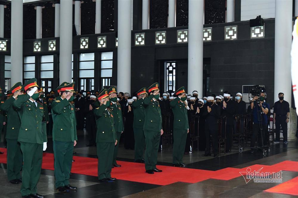 Thủ tướng, Chủ tịch QH viếng nguyên Tổng Bí thư Lê Khả Phiêu-12