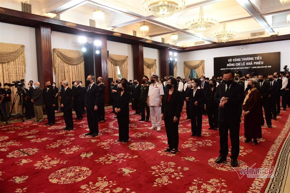 Thủ tướng, Chủ tịch QH viếng nguyên Tổng Bí thư Lê Khả Phiêu-15