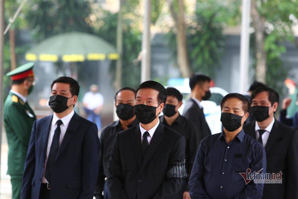 Thủ tướng, Chủ tịch QH viếng nguyên Tổng Bí thư Lê Khả Phiêu-19