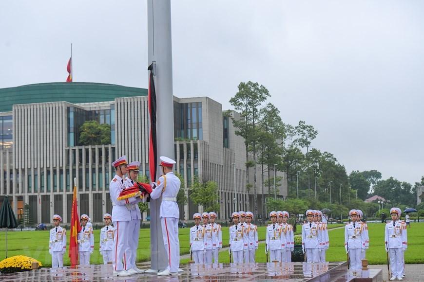 Thủ tướng, Chủ tịch QH viếng nguyên Tổng Bí thư Lê Khả Phiêu-21