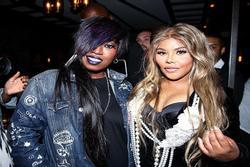 Mới ngày nào ném guốc vào mặt, nay Cardi B lại ngầm khen Nicki Minaj hết lời