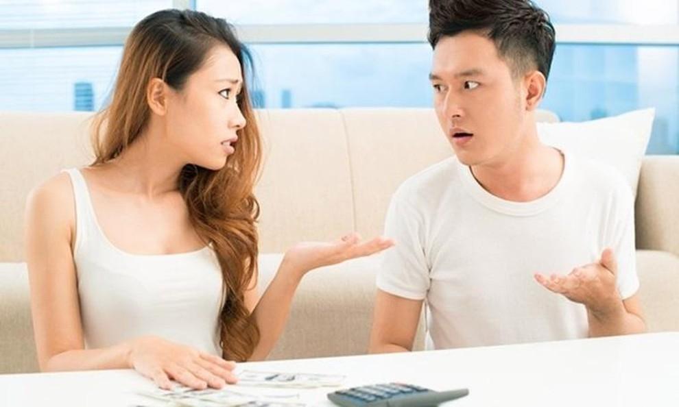 Lấy trộm của chồng 2 tờ 50k, vợ lên mạng xin lời khuyên, ai ngờ cái kết quá đắng-1