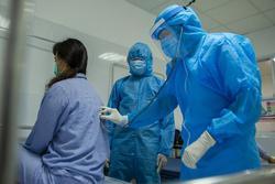 Thêm 18 ca mắc mới COVID-19, có 1 người Trung Quốc nhập cảnh trái phép