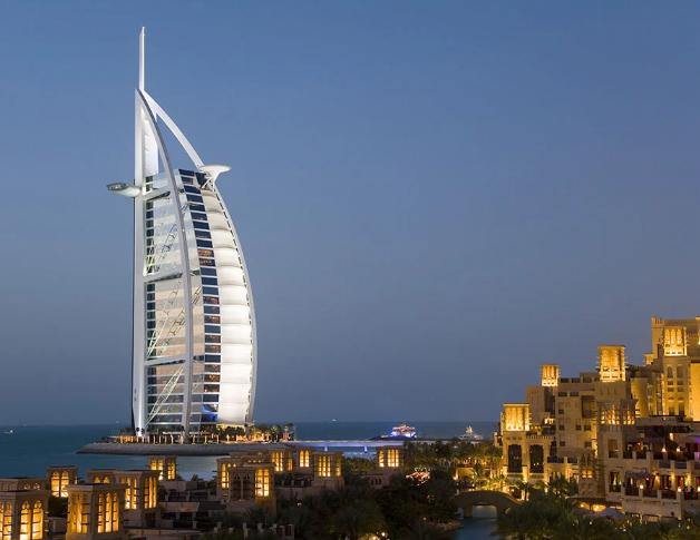 10 khách sạn xa hoa lộng lẫy nhất thế giới, du khách ước một lần đến trong đời-4
