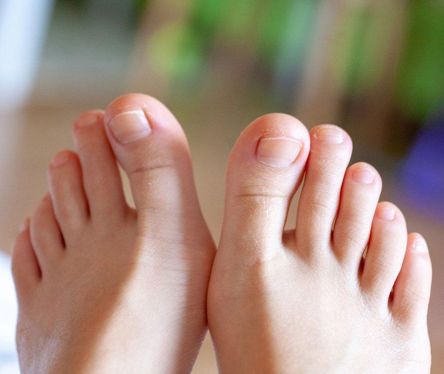 Muốn biết tuổi thọ hãy nhìn xuống chân: 2 dấu hiệu chứng tỏ bạn tuổi thọ kém, nhiều bệnh tật-3