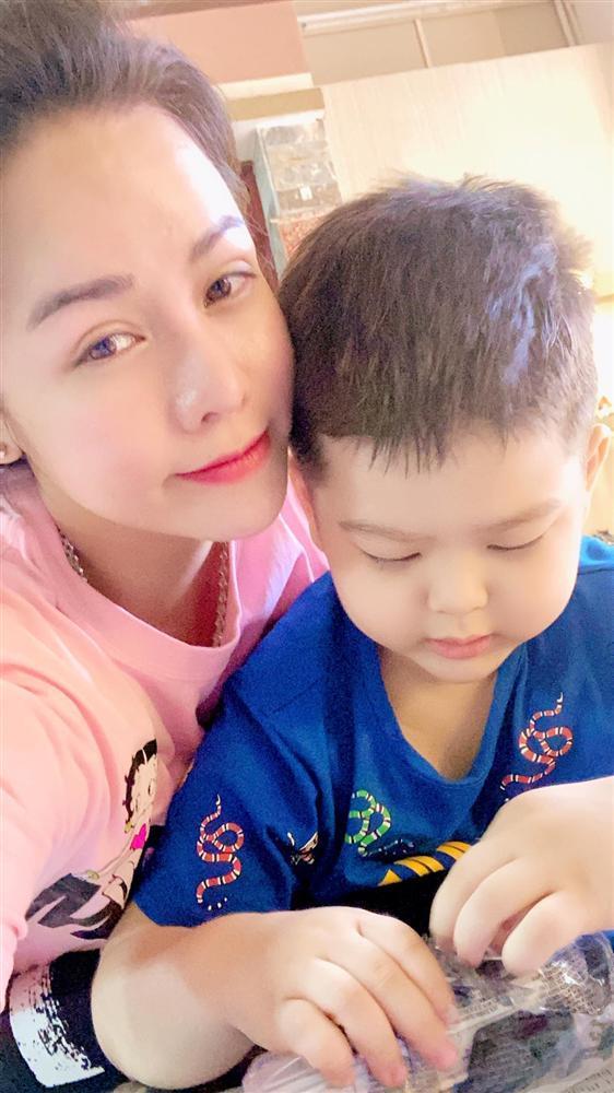 Nhật Kim Anh gặp con sau nhiều lần tố chồng cũ cắt đứt tình mẫu tử-3