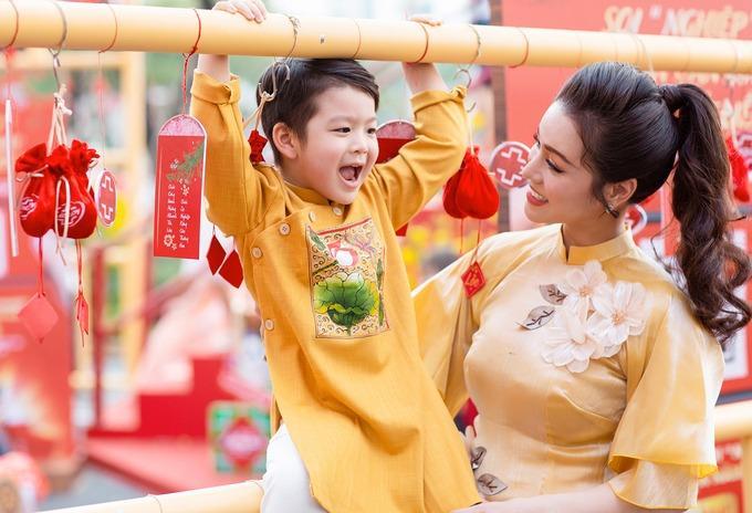 Nhật Kim Anh gặp con sau nhiều lần tố chồng cũ cắt đứt tình mẫu tử-5