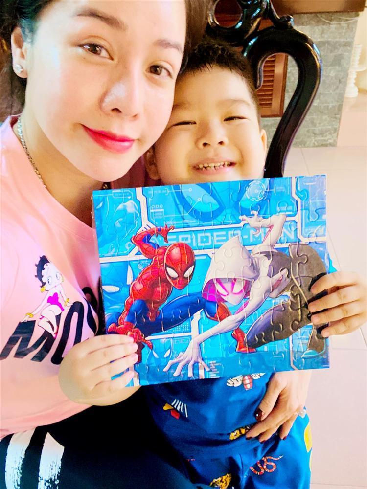 Nhật Kim Anh gặp con sau nhiều lần tố chồng cũ cắt đứt tình mẫu tử-4