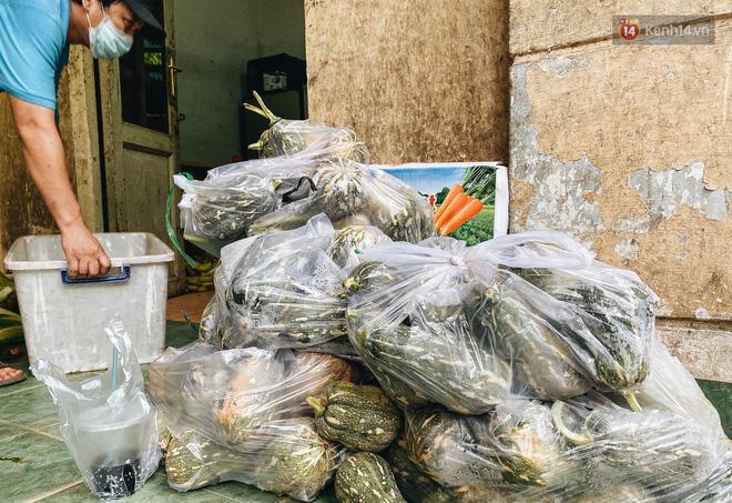Người Sài Gòn góp cả chục tấn rau củ cùng hàng tỷ đồng, cứu đói bầy thú ở Thảo Cầm Viên trong mùa dịch Covid-19-6