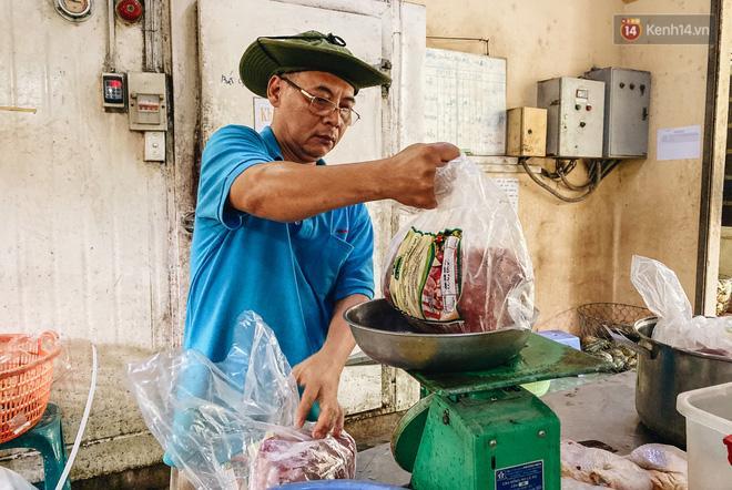 Người Sài Gòn góp cả chục tấn rau củ cùng hàng tỷ đồng, cứu đói bầy thú ở Thảo Cầm Viên trong mùa dịch Covid-19-7