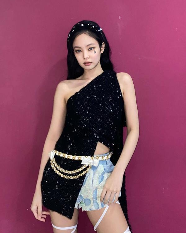 Hot K-Pop 16/8: Jennie BLACKPINK chiếm No.1 BXH danh tiếng nữ Idols tháng 8-1